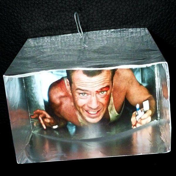 Елочная игрушка Брюс Уиллис из «Крепкого орешка» (18 фото)