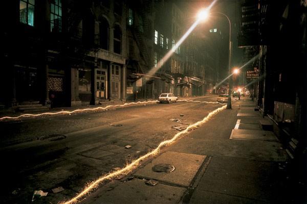 Невероятные работы мастеров светографики (13 фото)