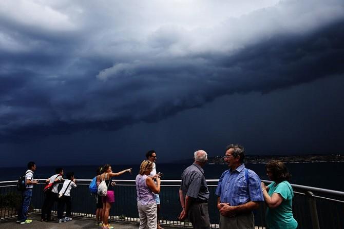 Зрелищные грозовые тучи над Сиднеем (11 фото)