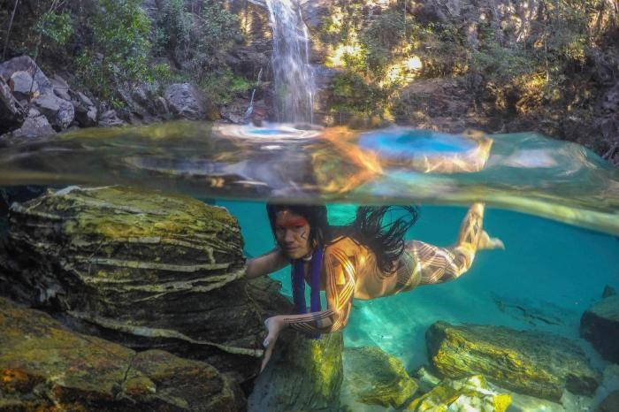 Бразильские племена: в гармонии с природой (9 фото)