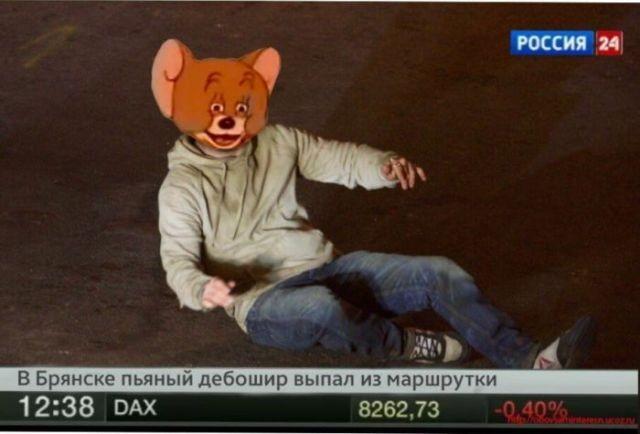 Кадр с актером Томом Харди стал мемом Рунета (22 фото)