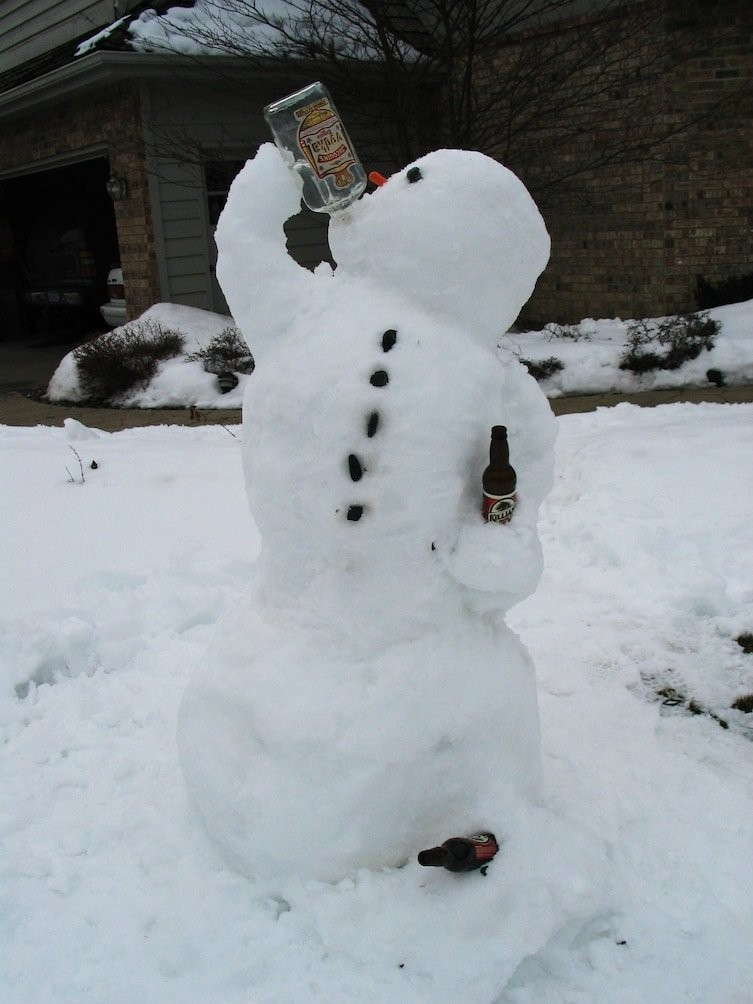 20 креативных снеговиков, которых невозможно развидеть (20 фото)