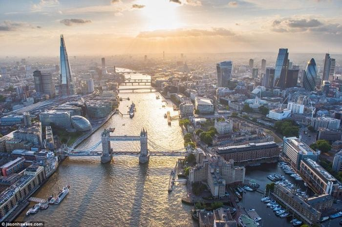 Невероятные аэрофотографии Лондона, от которых захватывает дух (12 фото)