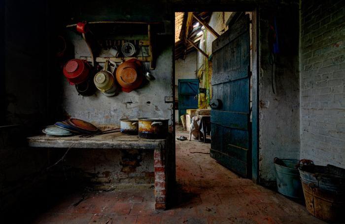 В поисках заброшенных мест (16 фото)