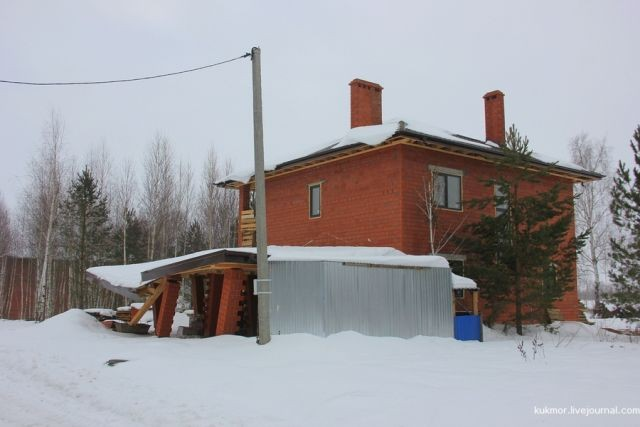 Почему на стоит экономить на строительстве (7 фото)