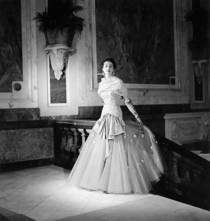 Классическая элегантность Dior (21 фото)