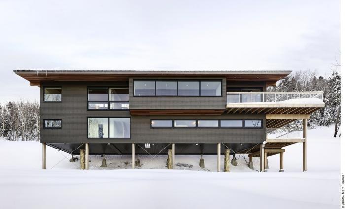 Горное шале в канадском Квебеке (15 фото)