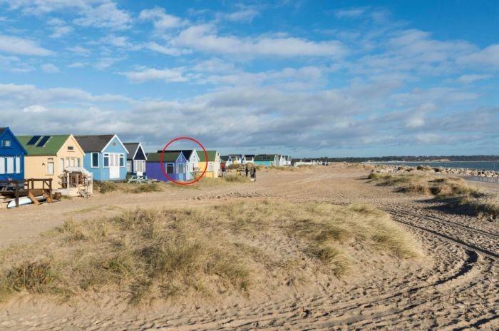 В Великобритании продана самая дорогая пляжная хижина (5 фото)