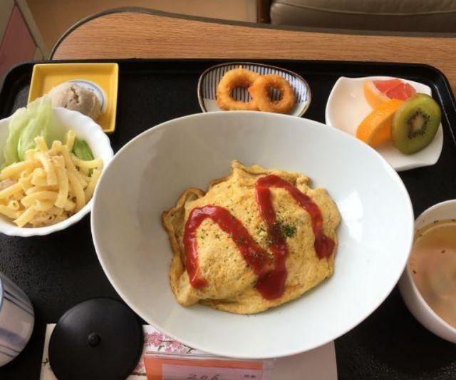 Рацион больных в японской клинике (12 фото)