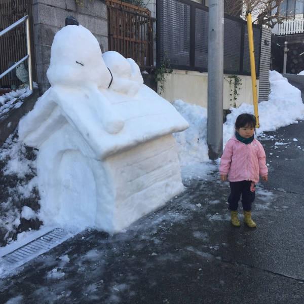 Снежные скульптуры на улицах Токио (40 фото)