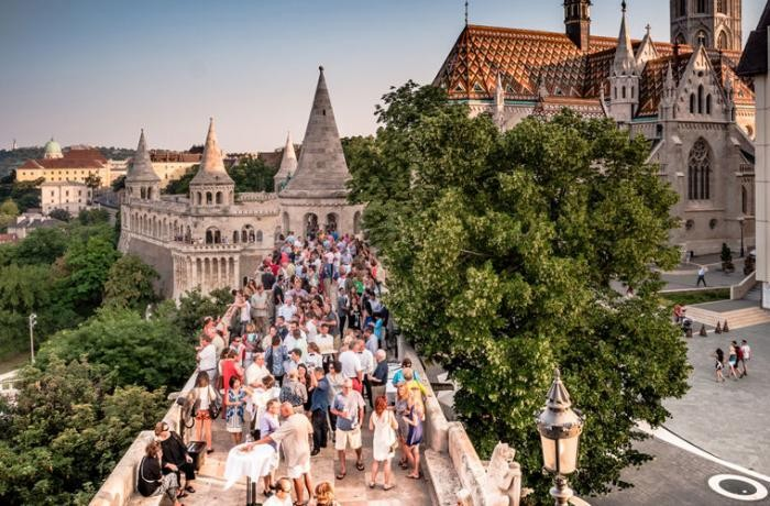 Чего не стоит делать при посещении Венгрии (9 фото)