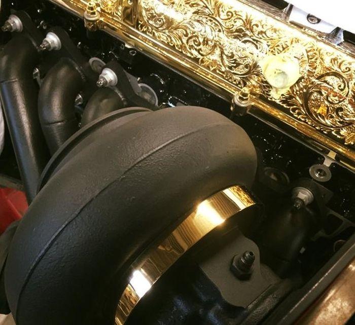 Гравированный, позолоченный и отполированный 2JZ-GTE (16 фото)