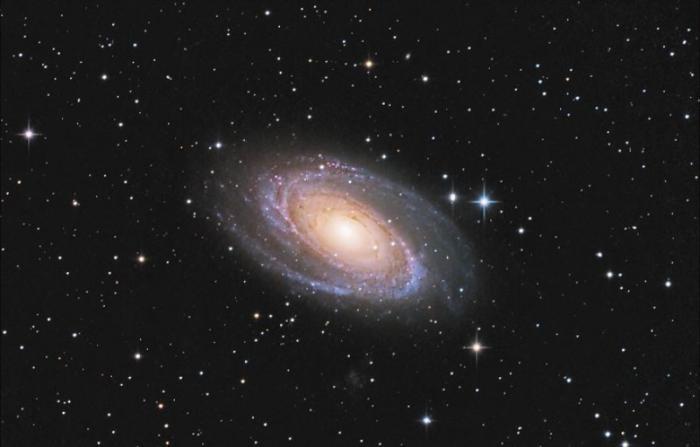 Самые причудливые галактики во Вселенной (9 фото)