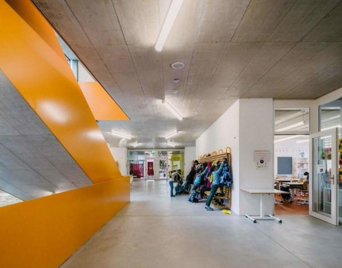 Как выглядит современная швейцарская школа (30 фото)