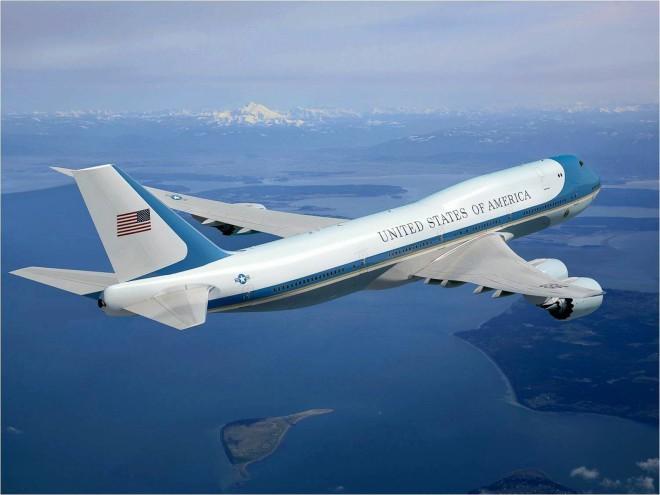Как защищен самолет президента США (5 фото)