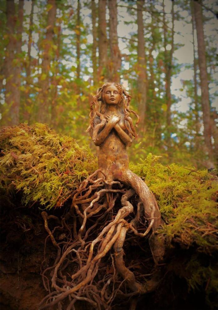 Поразительные скульптуры из природных материалов от канадской художницы (20 фото)