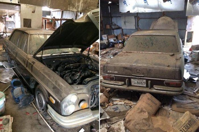 В заброшенном гараже нашли раритетный автомобиль (8 фото)