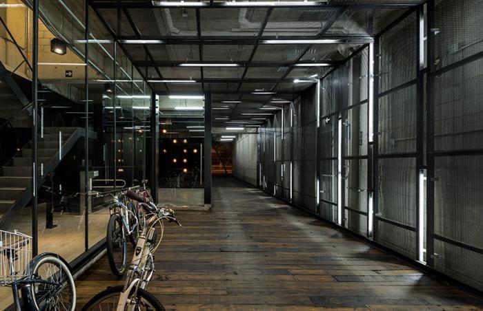 Офисы в историческом здании в Мехико (9 фото)