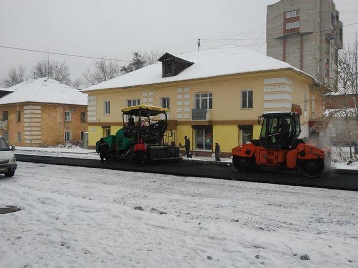 Суровые российские дорожники (8 фото)