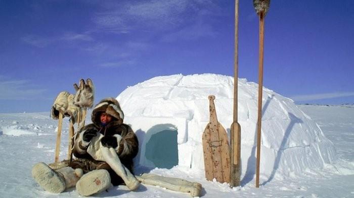 Жизнь людей в суровых условиях крайнего Севера (10 фото)