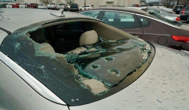 В Алабаме град повредил 380 новых Автомобилей (24 фото