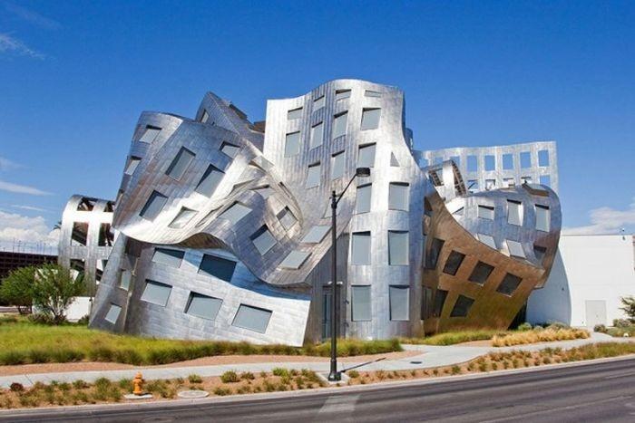 Решения в архитектуре продолжают удивлять (20 фото)