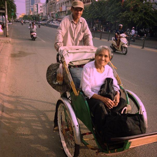 Пенсионеры живут полной жизнью (32 фото)
