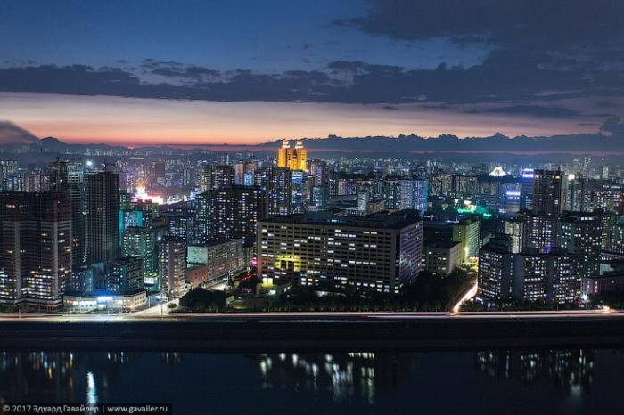 Столица Северной Кореи с высоты (25 фото)