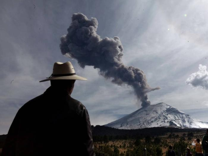10 активных вулканов открытых для посещения (10 фото)
