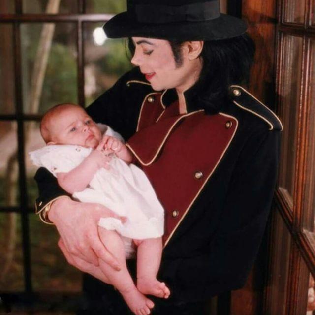 Дочери Майкла Джексона Пэрис исполнилось 20 лет (2 фото)