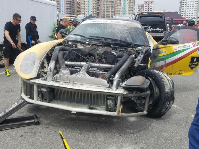 Неудачный дебют Ferrari 599 GTB Fiorano в гонке Formula Drift (3 фото)