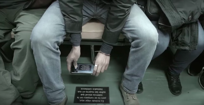 В Мексике запустили необычный вагон метро (5 фото)