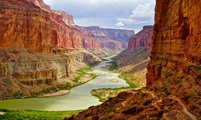 Загадки, которые таятся в национальных парках США (10 фото)