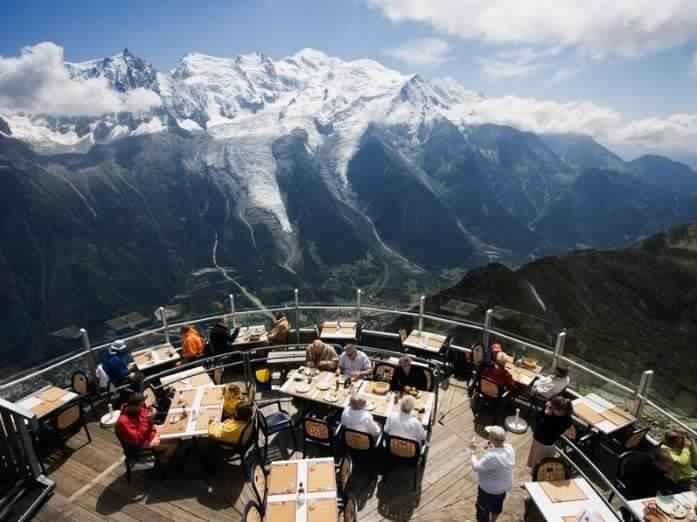 Рестораны с самым роскошным видом (16 фото)