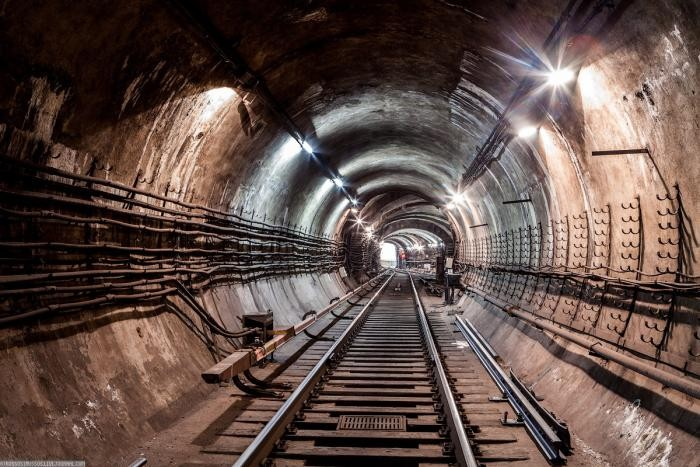 11b60b Подземные тоннели метро в Москве (23 фото)