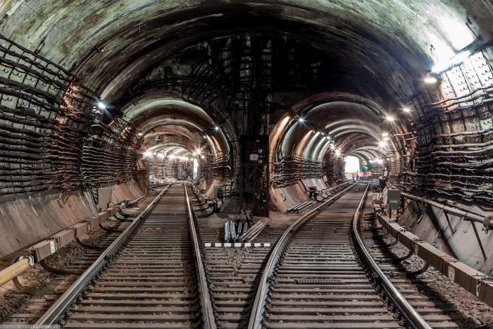 407ab2 Подземные тоннели метро в Москве (23 фото)