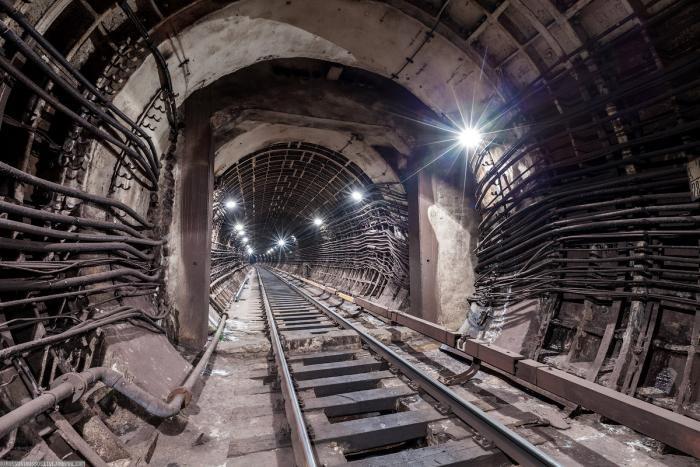 96b9d3 Подземные тоннели метро в Москве (23 фото)
