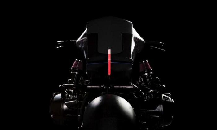 Первый в мире мотоцикл, созданный в виртуальной реальности (6 фото)