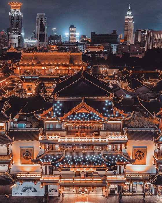 Вечерний Шанхай с высоты (17 фото)