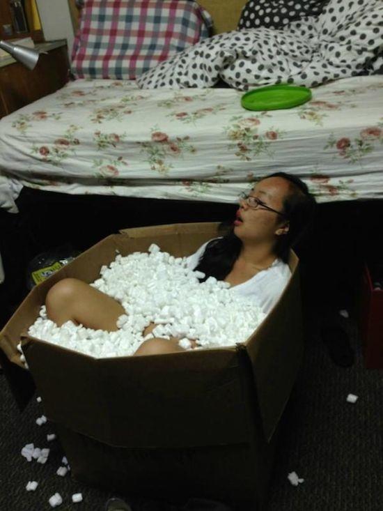 Невероятные поступки пьяных людей (26 фото)