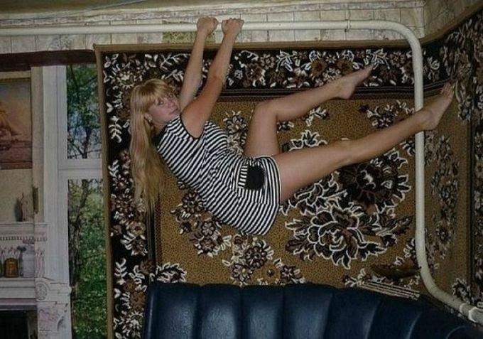Тигрицы и ковры: cногшибательные дамы, намекающие на уют (20 фото)