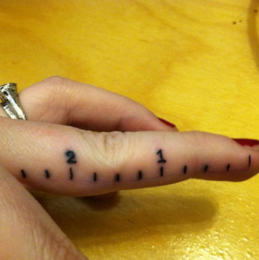 Подборка странных тату (25 фото)