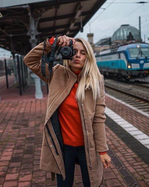 Адрианна Колесзар - самая очаровательная сотрудница полиции (7 фото)