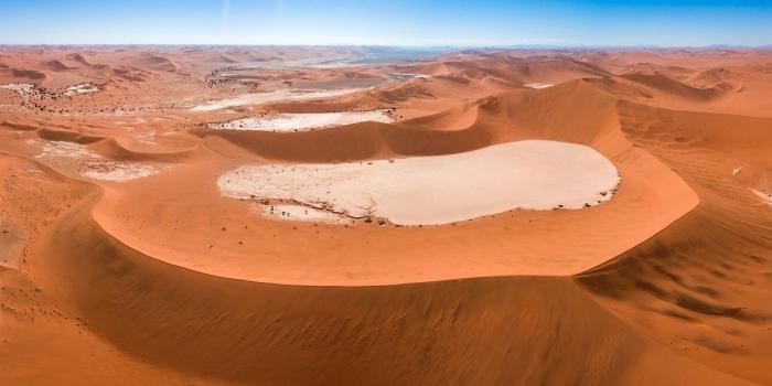 Древнейшая пустыня мира (10 фото)