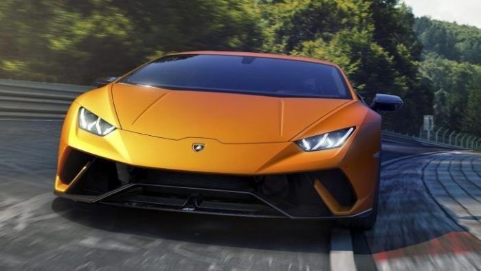 Десять самых быстрых серийных автомобилей Нюрбургринга (12 фото)