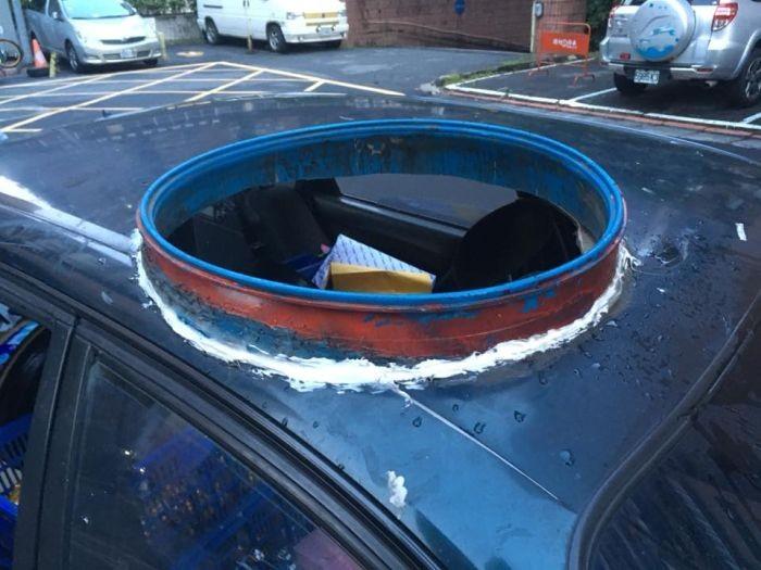 Самодельный люк в крыше авто (3 фото)
