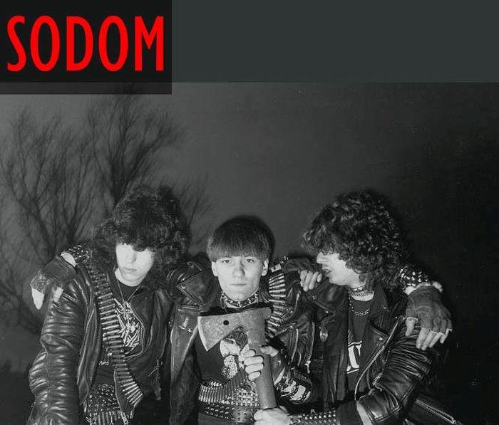 Известные группы в начале своей музыкальной карьеры (23 фото)