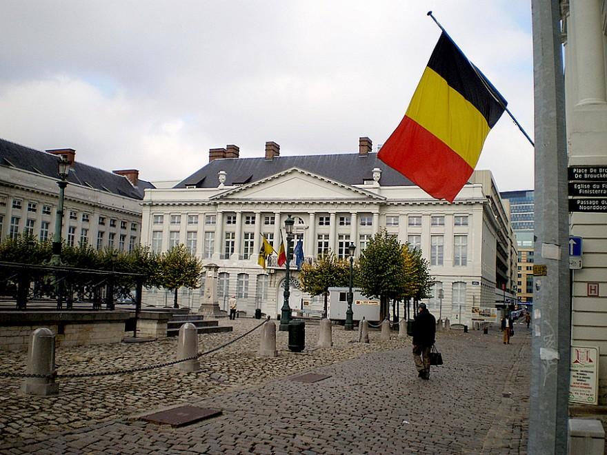 Странные и необычные достопримечательности в Бельгии (10 фото)