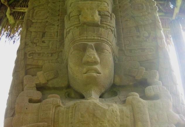 Изумительные примеры древнего строительства (10 фото)