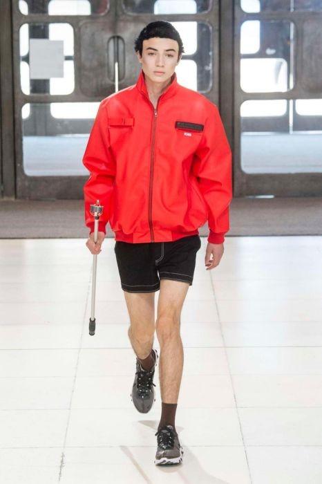 Безумные наряды китайского дизайнера Ксандера Чжоу (23 фото)